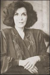 Foto de Marli de Oliveira encontrada dentro de encontrada dentro de um dos livros da biblioteca da autora doada pela