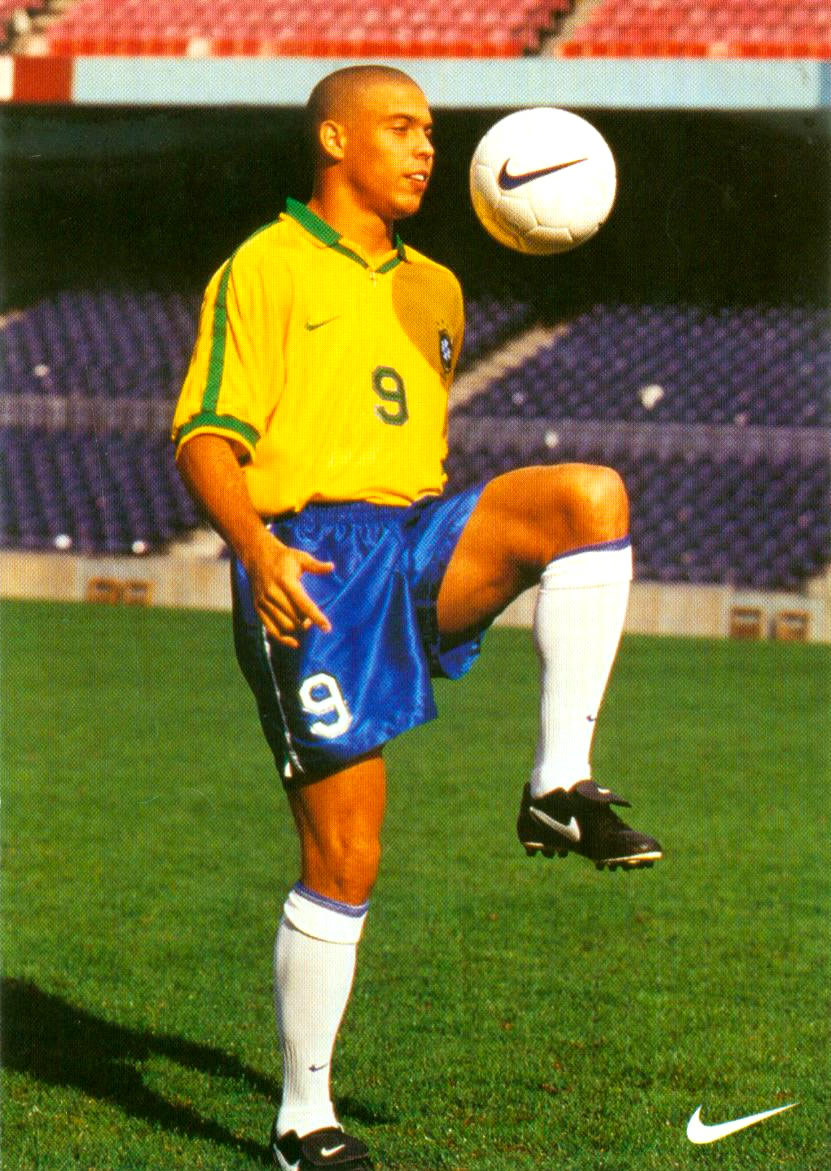 ronaldo cartao postal de 1994 jogador do ano fifa 1996